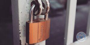 המנעולן שלך מנעול תליה
